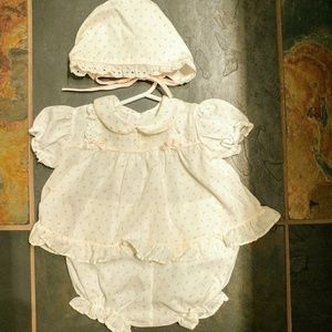 Vintage dress with matching bonnet and bloomers
